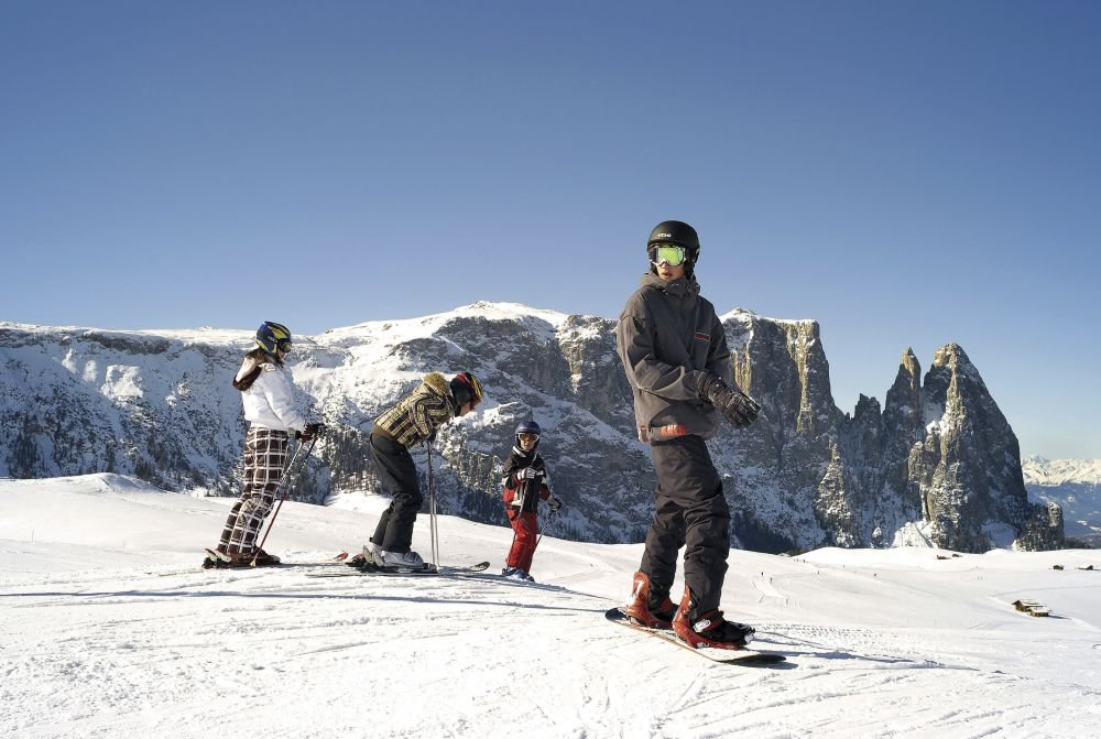 In the winter, the Alpe di Siusi offers many opportunities